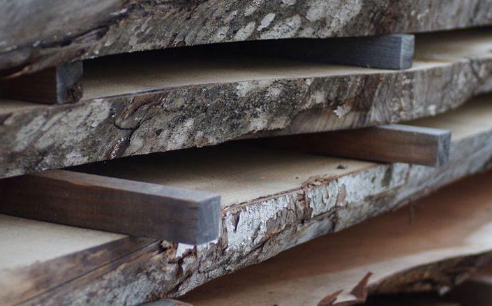 尾山製材の材木